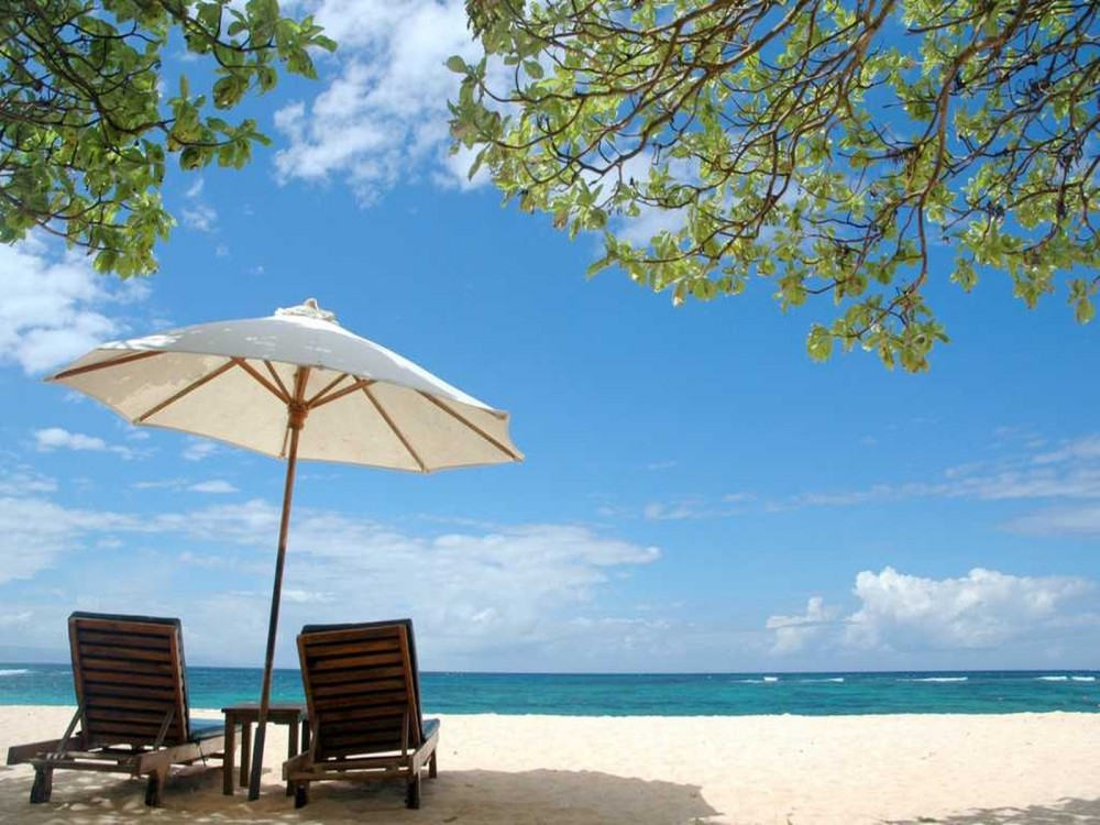 Beautiful romantic beach in Bali tropical island - Mari Bali Tours
