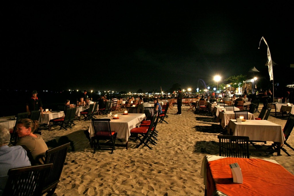 Jimbaran beach-Sefood dinner with sunset - Mari Bali Tours