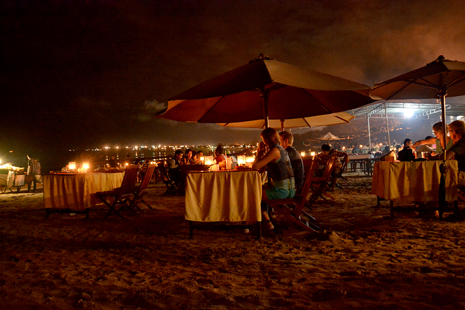 Jimbaran beach-Seafood dinner with sunset - Mari Bali Tours
