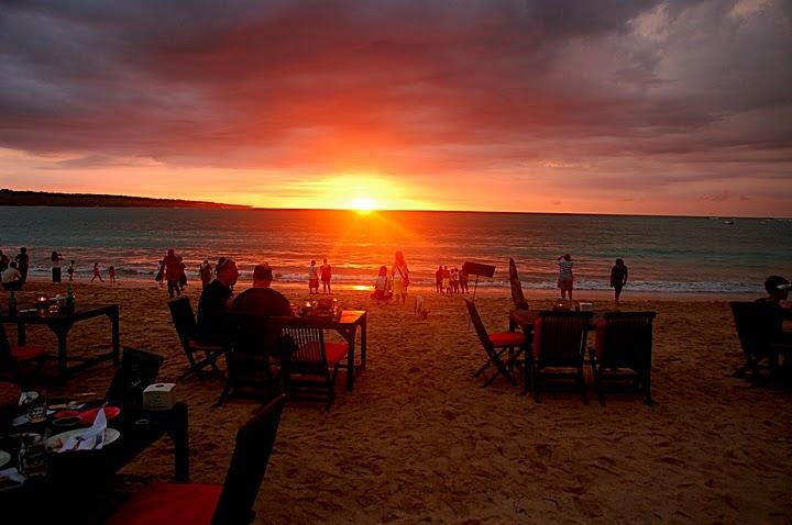 Jimbaran beach-Sefood dinner with sunset - Mari Bali Tours