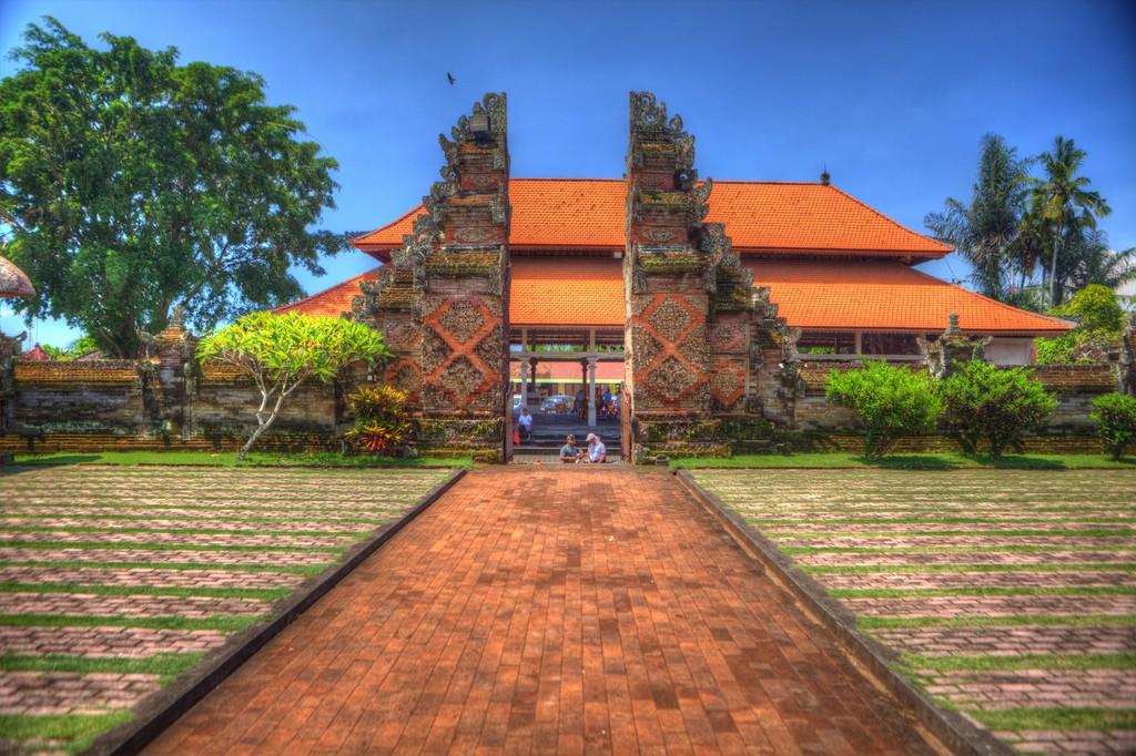 Batuan village temple in Batuan, Gianyar regency, Bali - Mari Bali Tours