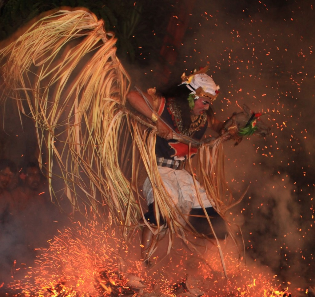 Kecak and Fire dance in Batubulan village - Mari Bali Tours
