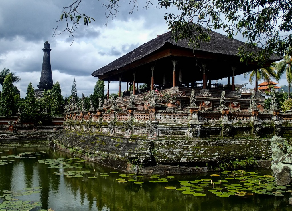 Kerta Gosa in Klungkung town, oldest justice court in Bali Island - Mari Bali Tours
