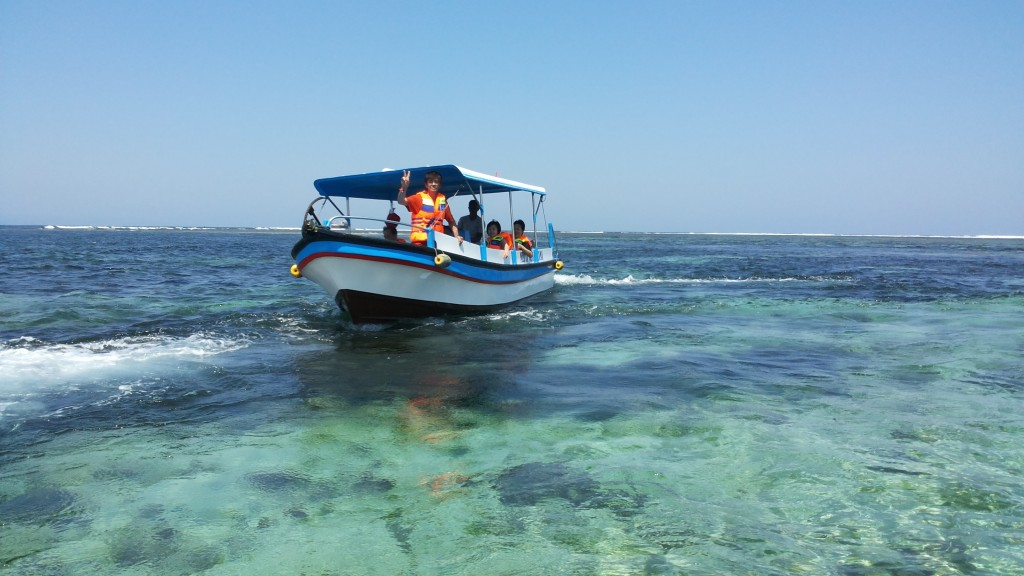 Bali Turtle island tour with Guests from Singapore - Mari Bali Tours