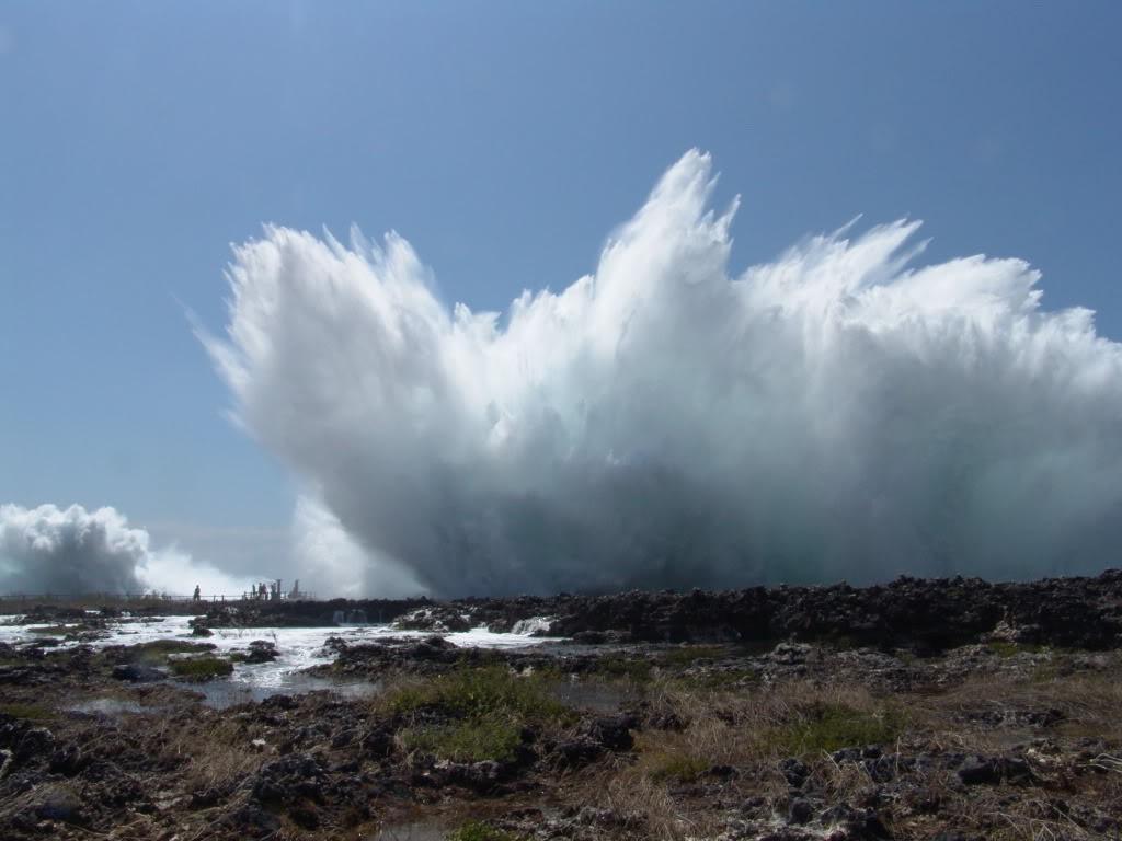Water Blow in Nusa Dua, Denpasar, Bali island - Mari Bali Tours (3)