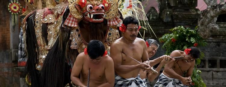 Barong Dance at Batubulan village, Gianyar - Mari Bali Tours (28)