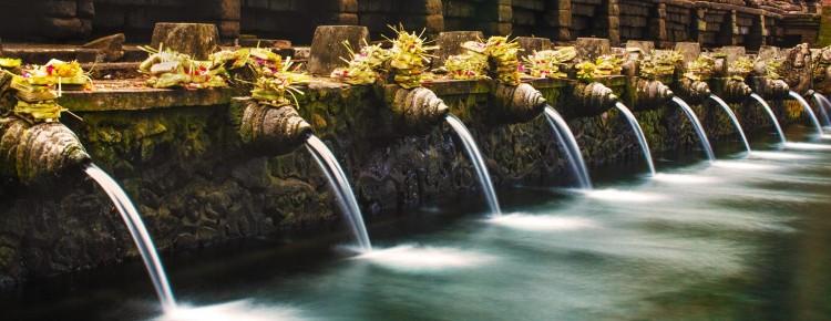 Tirtha Empul temle, Holy spring water temple in Tampaksiring, Bali - Indonesia - Mari Bali Tours
